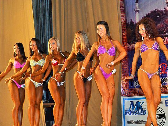 В Евпатории состоялся Открытый чемпионат России по атлетическому фитнесу и культуризму