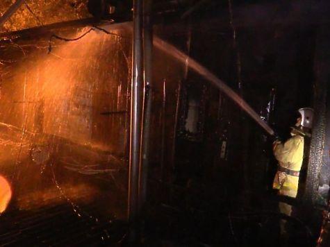 Неменее 30 ялтинцев остались без жилья из-за пожара