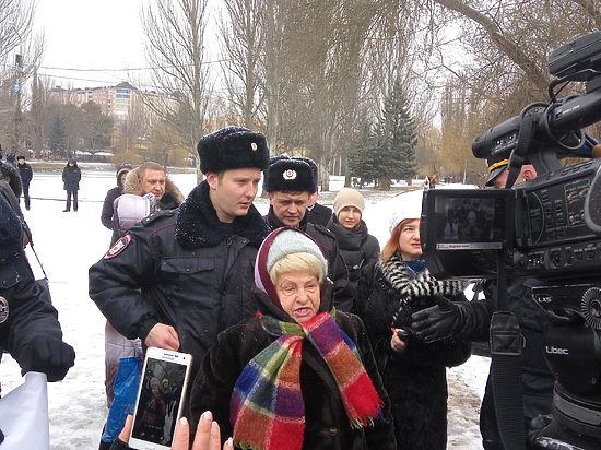 Пенсионерам Симферополя не дали высказать свое мнение об автостоянке
