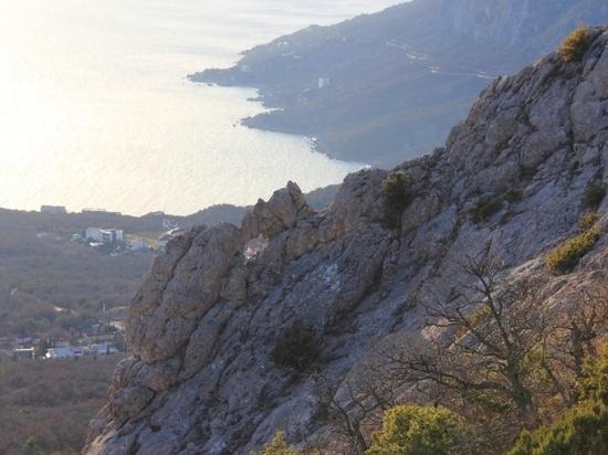 Путешествуй по Крыму: Каланых-Кая - защита Ласпи от северных ветров