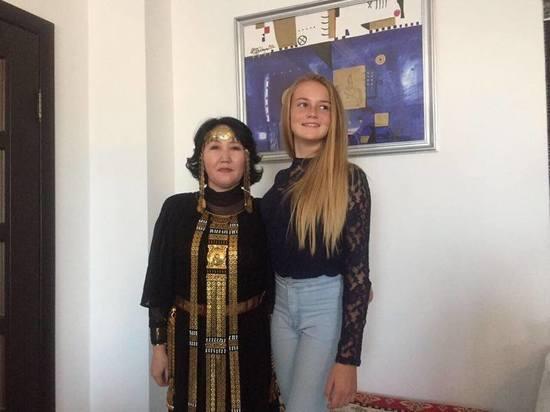 15-летняя модель из ЮАР представит в Крыму свою книгу