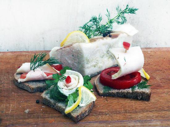 Крым без сала: эксперты допускают дефицит этого продукта на прилавках