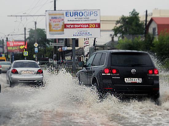 Потоп по расписанию: Симферополь не выдерживает испытания дождями