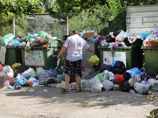 Крымская жара ускоряет мусоровозы