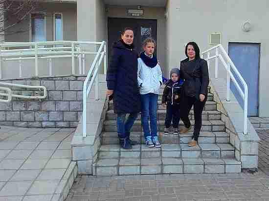 Как в Севастополе выгоняют семьи из общежитий