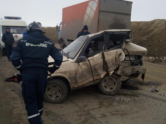 МЧС Крыма: в ДТП с микроавтобусом пострадали четверо
