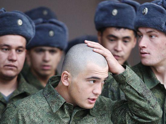 Аты-баты, все в военкоматы! Крымчан ставят на воинский учет